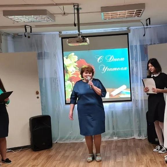 директор школы Надежда Владимировна Полюк
